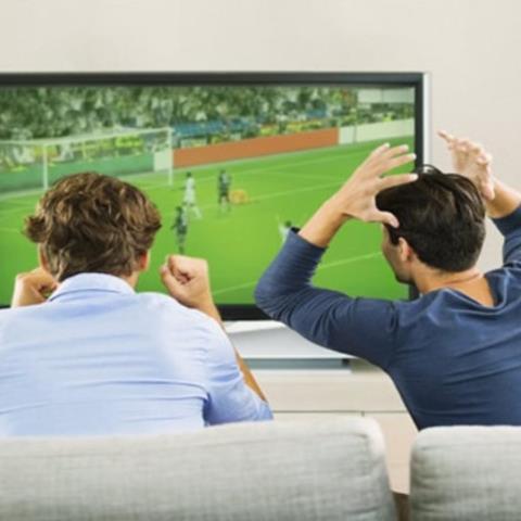 Έρευνα: Οι άνδρες προτιμούν το ποδόσφαιρο από το σεξ