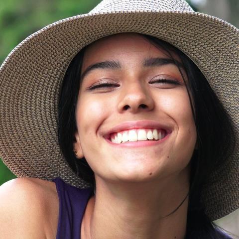 Χαμογελάτε για να νιώθετε πιο χαρούμενοι