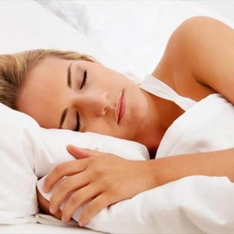 Ο μεσημεριανός ύπνος μια ή δύο φορές την εβδομάδα συνδέεται με μειωμένο κίνδυνο καρδιακής προσβολής