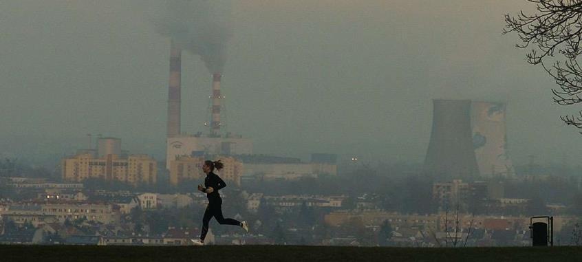 Αρκούν λίγες μέρες σε μια πόλη με ρύπανση για πρόσκαιρα αναπνευστικά προβλήματα
