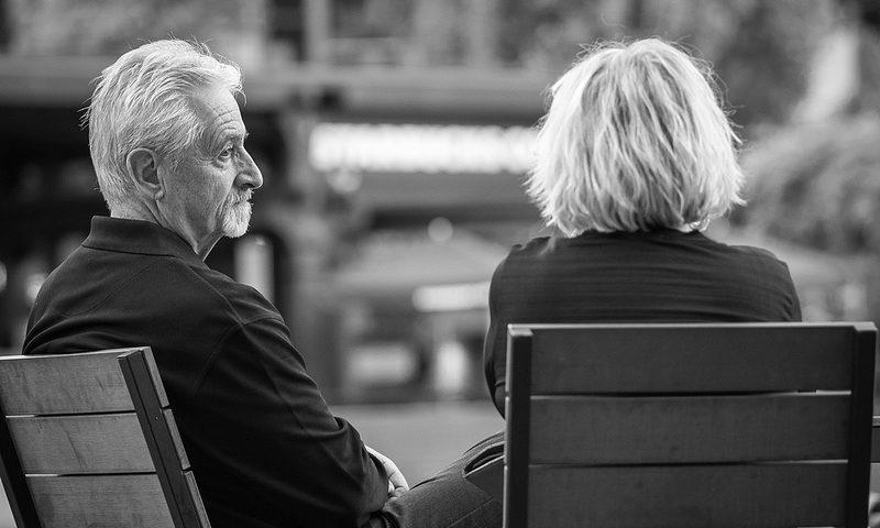 Ένας στους έξι άνω των 60 έχει βιώσει την κακοποίηση σύμφωνα με τον ΠΟΥ
