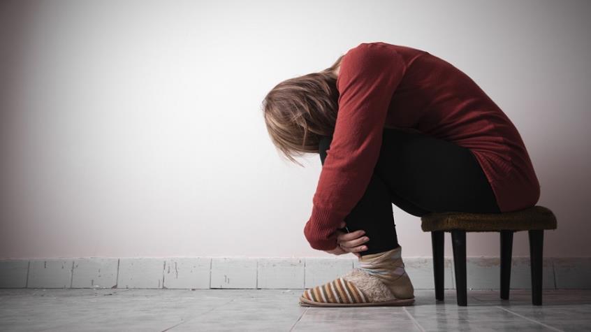 Εκτόξευση στις αυτοκτονίες εφήβων κοριτσιών