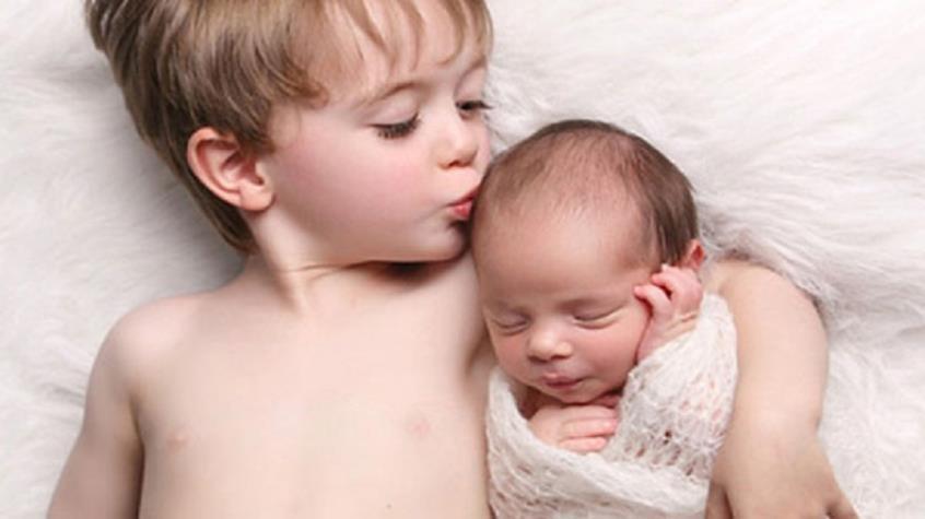 Παιδάκια με μεγαλύτερα αδέλφια κινδυνεύουν περισσότερο από σοβαρή γρίπη