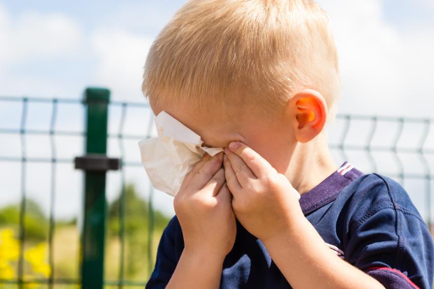 Τα αγόρια δεν κλαίνε!Τo στερεότυπο που φτιάχνει θύτες και θύματα (video)