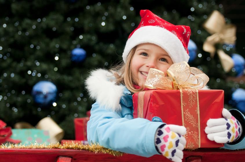 «Τα δώρα ούτε καν θα τα θυμούνται τα παιδιά σε κάποια χρόνια, δώστε τους αγάπη»