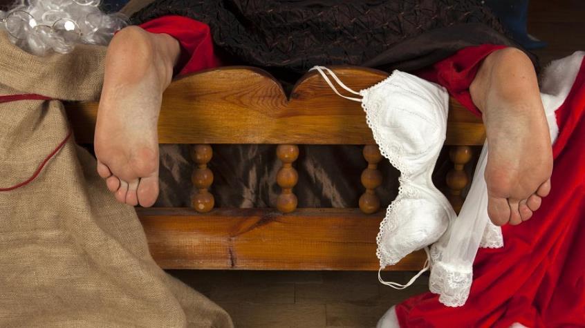 Χριστούγεννα και σεξ- Μετά το τραπέζι στο… κρεβάτι